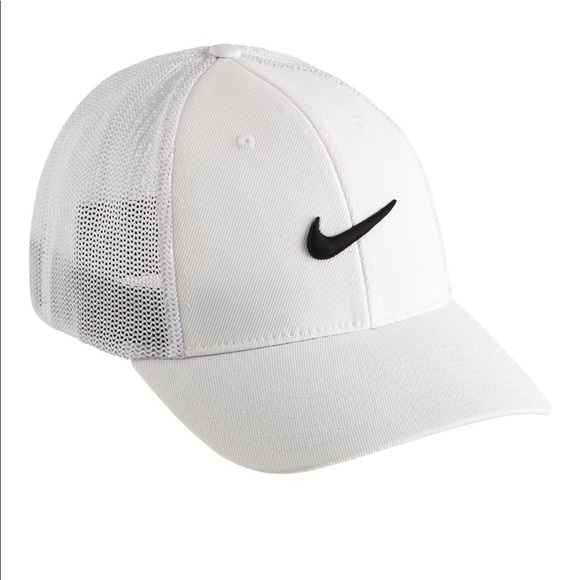 bc32100f Nike Men's Flex Fit Golf Hat. M_5b58c1274cdc30892cfc88ad